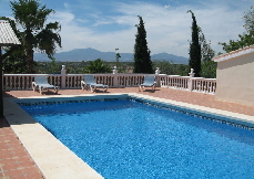 Lifestyle-finca with guest villa, 9 bedrooms, central heating, 2 pools, near golf, fantastic views